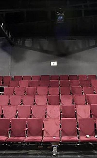تئاتر و نمایش خصوصی به قلم بهزاد قادری (بخش اول)